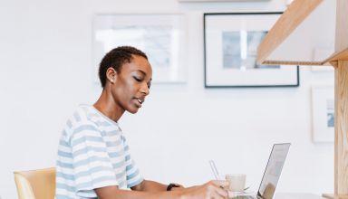 10 Factors to Consider in Choosing a Legit Essay Writing Service