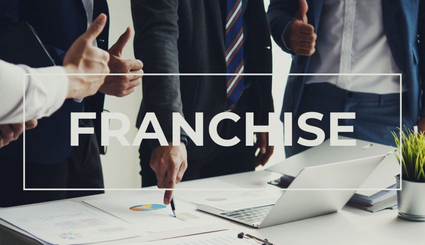 Starting a Franchise 101: 4 Awesome Tips to Get the Ball Rolling