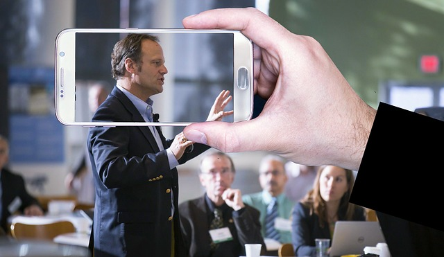 How Motivational Speakers Help Businesses