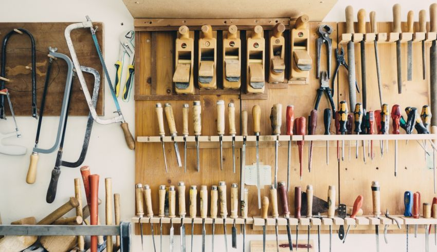 Thinking of Starting a Workshop? You'll Need These Top 5 Tools