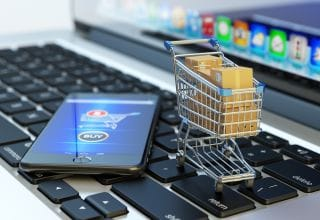 13 Essential Tips on How to Start an Online Retail Business
