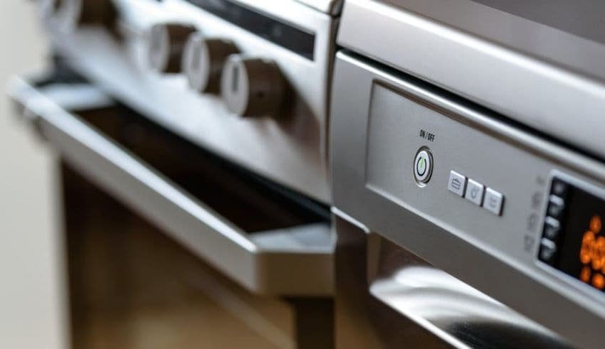 6 Kitchen Safety Rules to Remember When Cooking