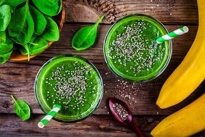 Spinach and flax shake