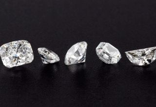 Diamonds vs Cubic Zirconia