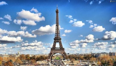 4 Random Facts About The Eiffel Tower
