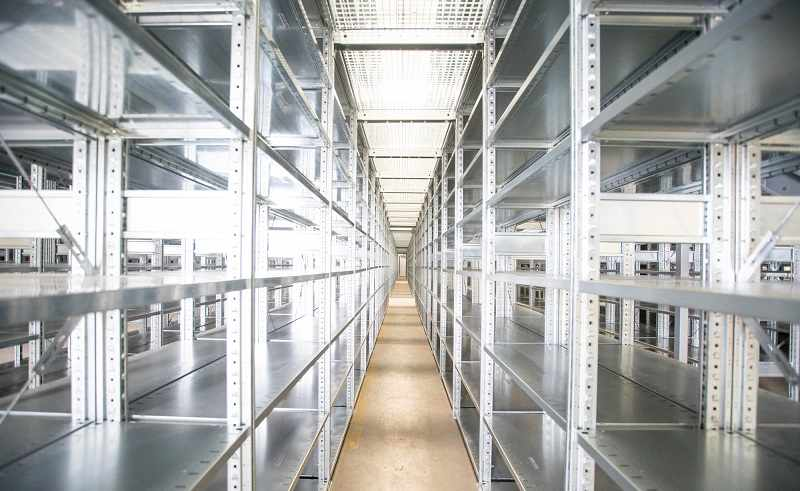 how to organize a warehouse